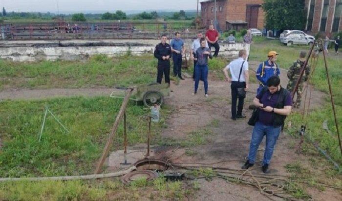 Трое рабочих погибли вколлекторе очистных сооружений вВихоревке