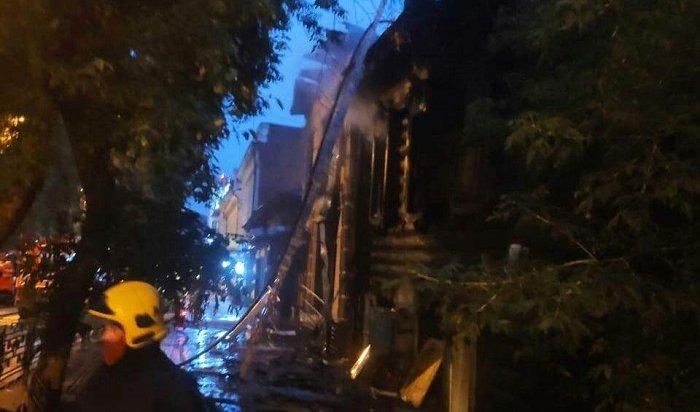 Два дома горели наулице Богдана Хмельницкого вИркутске (Видео)