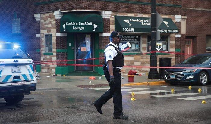 ВЧикаго неизвестные открыли огонь рядом спохоронным бюро— пострадали неменее 14человек