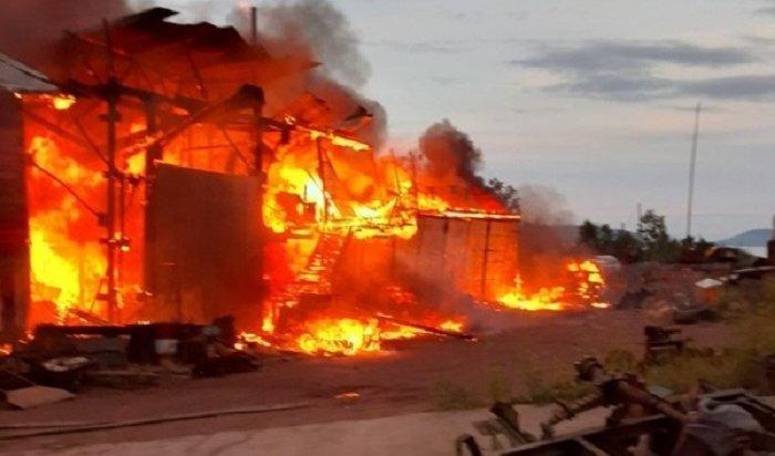 Десять пожаров произошло вИркутской области засутки