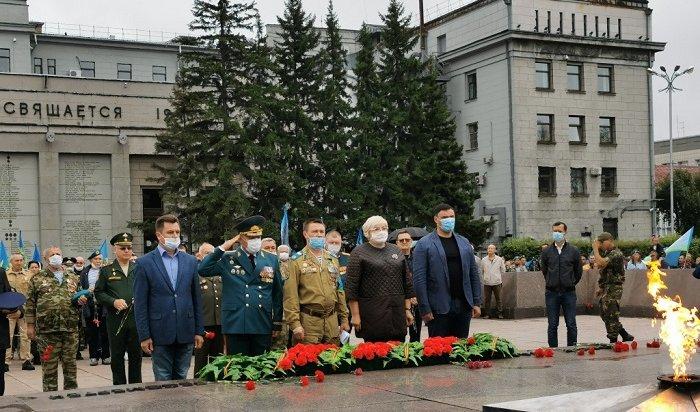 ВИркутске прошел торжественный митинг послучаю 90-летия ВДВ (Видео)