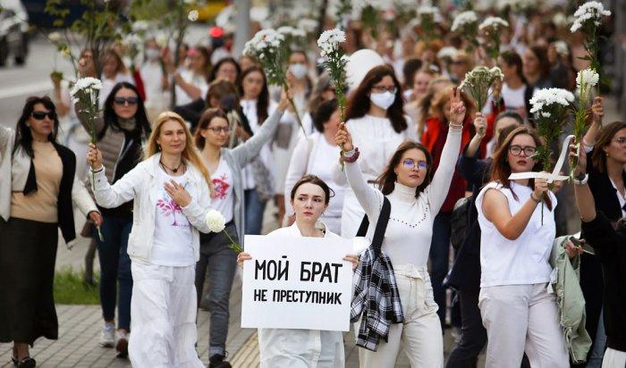 Глава МВД Беларуси извинился перед пострадавшими: пятый день протестов (Видео)