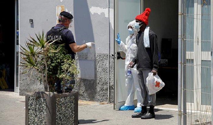 Зараженные коронавирусом мигранты изНигерии покусали итальянских врачей