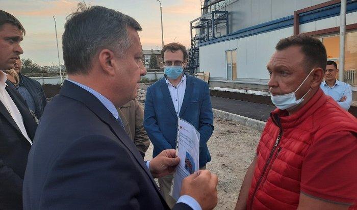 Игорь Кобзев заставил подрядчика извиниться перед жителями Ленинского района Иркутска засрыв сроков сдачи ФОКа