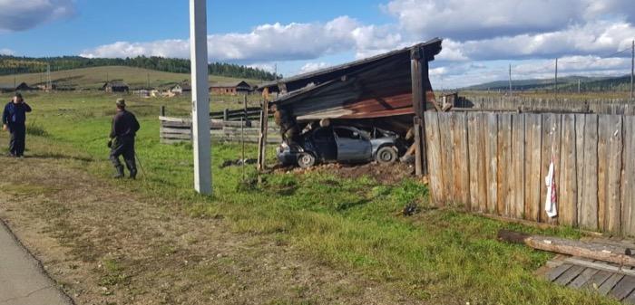 ВОльхонском районе врезультате аварии погиб 15-летний подросток