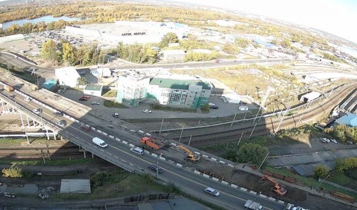 WEACOM.RU установил новую онлайн-камеру свидом нареконструкцию путепровода между улицей Джамбула иИркутным мостом
