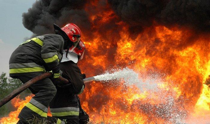Напожарах вБратске погибла женщина ипострадал годовалый ребенок