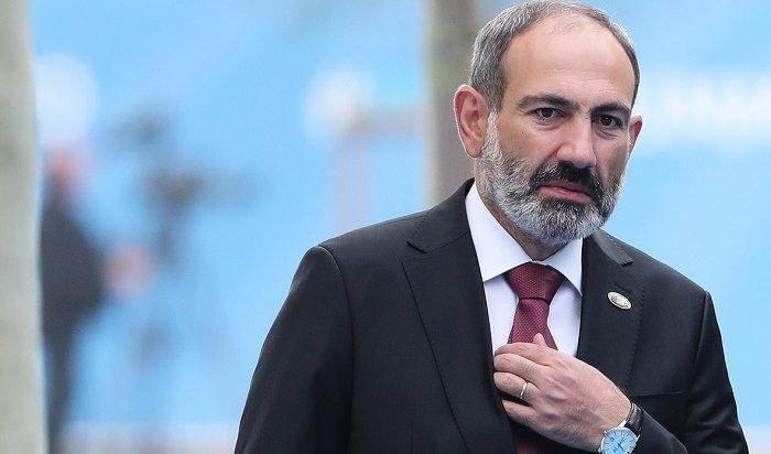 Власти Армении ввели военное положение ивсеобщую мобилизацию