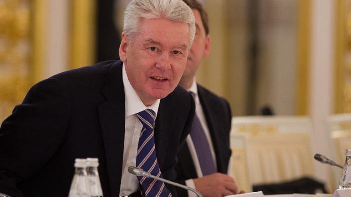 Мэр Москвы объявил двухнедельные каникулы в школах