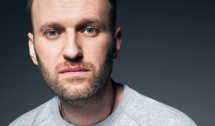 Навальный подаст всуд наПескова из-за обвинений вработе наЦРУ