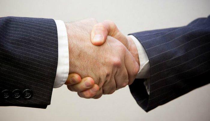 Азербайджан иАрмения договорились оперемирии вКарабахе