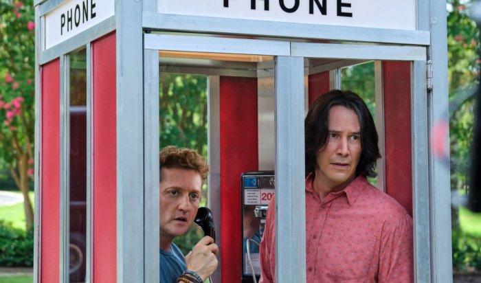 Третья часть кинохита «Билл иТэд» сКиану Ривзом стала доступна вонлайн-кинотеатре МТС ТВ