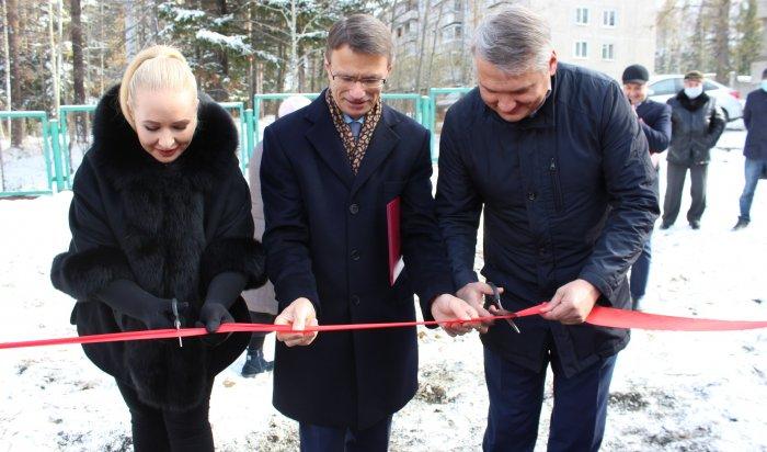 ВУсть-Илимске построили детский игровой комплекс за5млн рублей