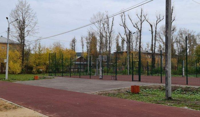 Работы на стадионе школы №66 должны завершить к августу 2021 года