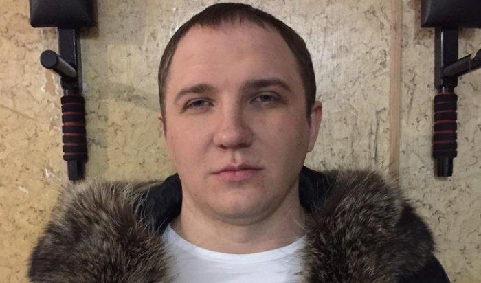 Полиция продолжает разыскивать иркутянина, обвиняемого всерии особо тяжких преступлений