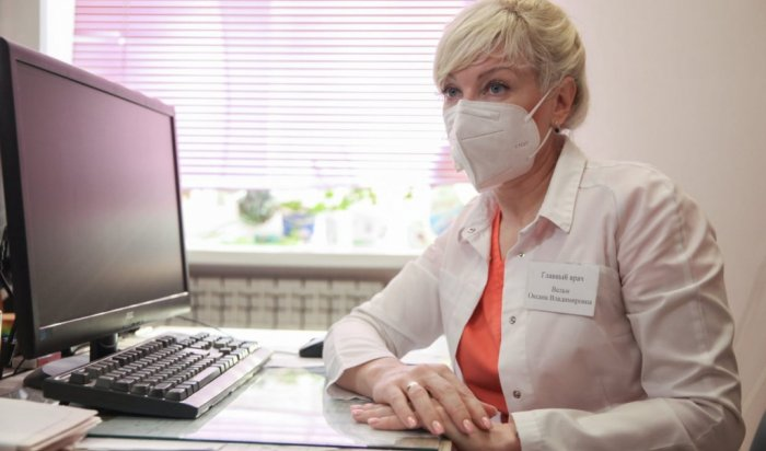 Медики Шелеховской ЦРБ, привившиеся от COVID-19, приобрели иммунитет к новой коронавирусной инфекции