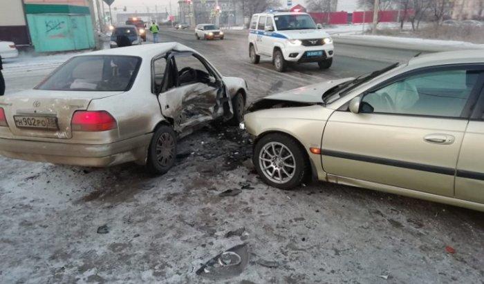 В Нижднеудинске два 17-летних подростка пострадали в аварии
