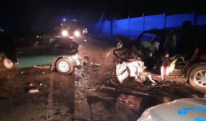 Два человека погибли вДТП сучастием «Жигулей» иHonda CR-V вШелехове