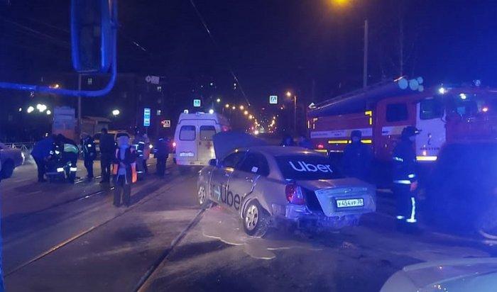 Пассажирка такси пострадала вДТП вИркутске