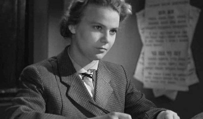Умерла актриса, сыгравшая главную роль вфильме «Весна наЗаречной улице»
