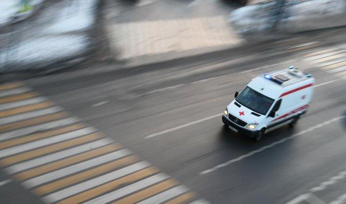 В Москве из окна многоэтажки выбросился мужчина с ребёнком
