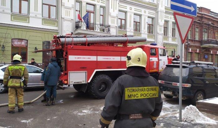 Вцоколе под магазином «Алмаз» вИркутске произошло возгорание