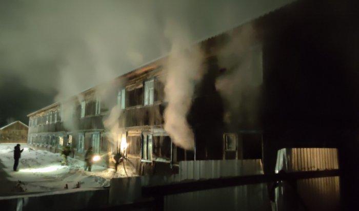 В посёлке Октябрьский Чунского района в больнице загорелась лаборатория