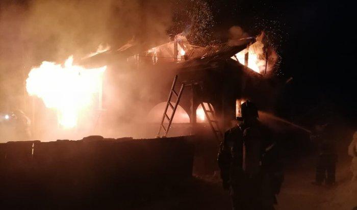 На пожаре в Усть-Илимском районе погибли два человека