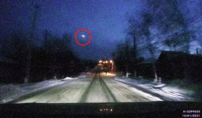 Над Иркутском взорвался метеорит