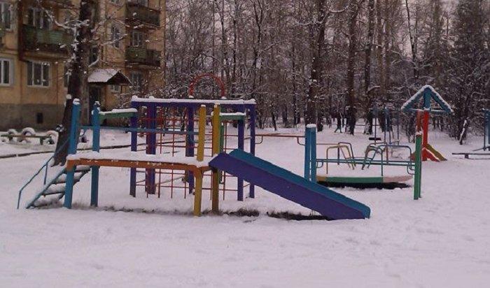 ВИркутске проводят инвентаризацию детских площадок