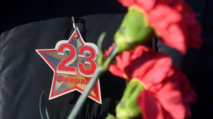 Поздравление мэра Иркутска Руслана Болотова с Днем защитника Отечества