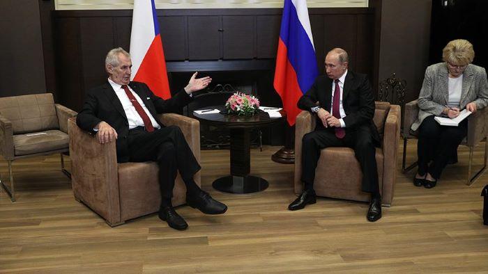 Президент Чехии обратился кПутину спросьбой предоставить стране вакцину «Спутник V»