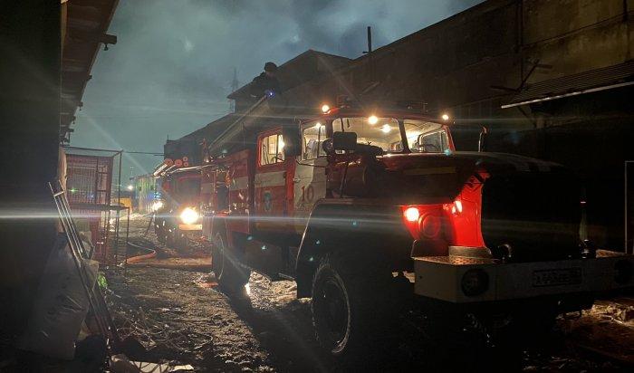 Пожар в одном из промышленных зданий Ангарска ликвидировали утром 24 марта