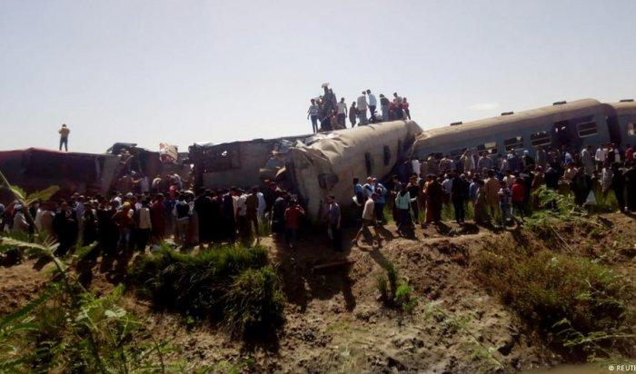 32человека погибли икак минимум 165пострадали при столкновении поездов вЕгипте (Видео)