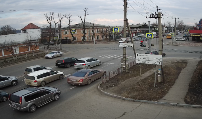 WEACOM.RU установил онлайн-камеру с видом на улицу Баррикад и Фридриха Энгельса