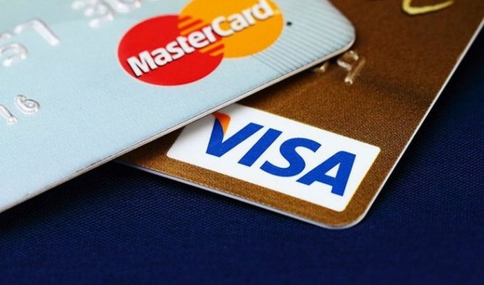Песков допустил отключение России отVisa иMasterCard из-за санкций