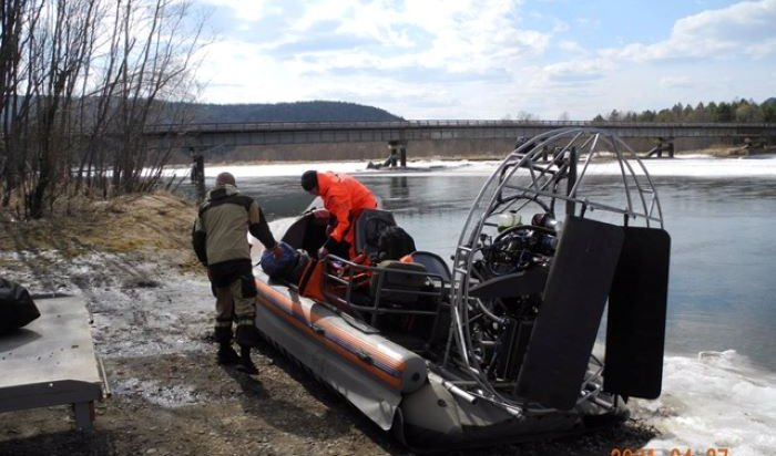 В Тайшетском районе успешно завершились поиски двоих мужчин, ушедших на аэролодке по реке Тагул