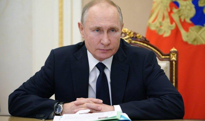 Путин заявил, что откоронавируса вакцинировались 21,5млн россиян