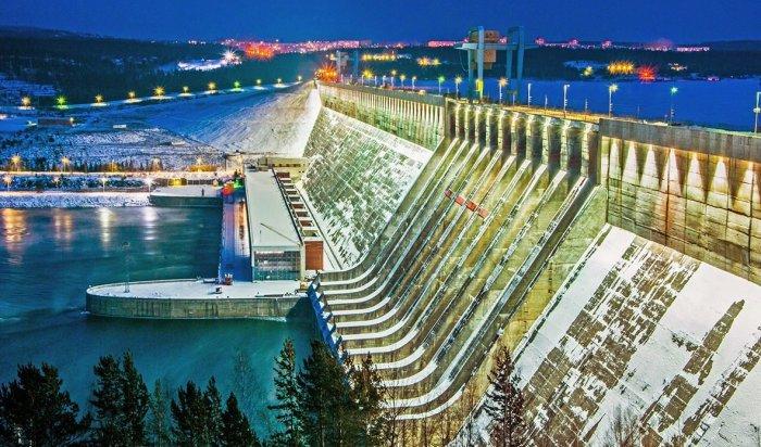 НаУсть-Илимской ГЭС впервые за26лет откроют холостой сброс воды