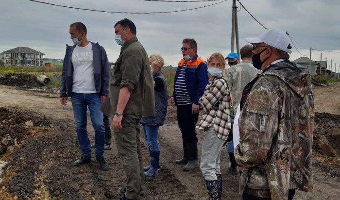 Территории подтопленных садоводств Иркутска продезинфицируют после спада воды