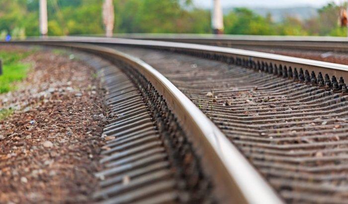 ВБратске поезд сбил пьяную женщину