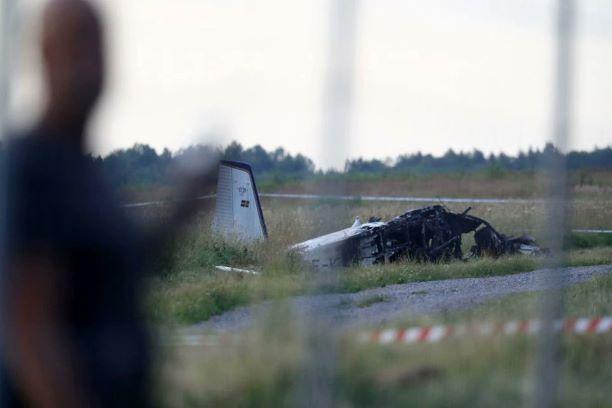 ВШвеции при падении самолета погибли девять человек