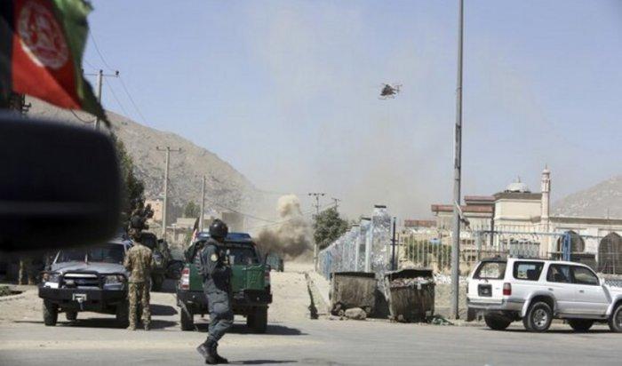 ВАфганистане вовремя праздничных молитв впрезидентский дворец было выпущено несколько ракет