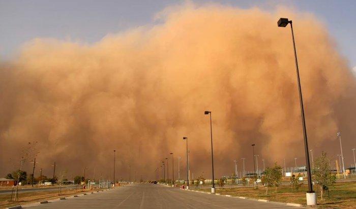 Песчаная буря накрыла  китайскую провинцию