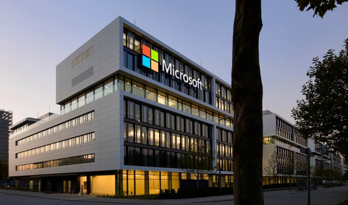 Microsoft будет требовать прохождение вакцинации отCOVID-19 усотрудников своих офисов вСША