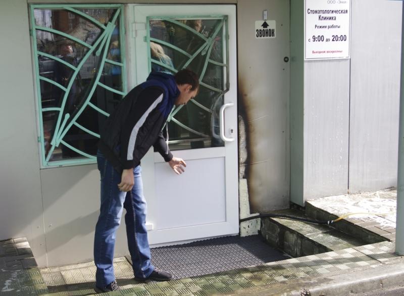 Таксист изИркутска стал настоящим героем, предотвратив пожар вмногоэтажном здании стоматологический поликлиники