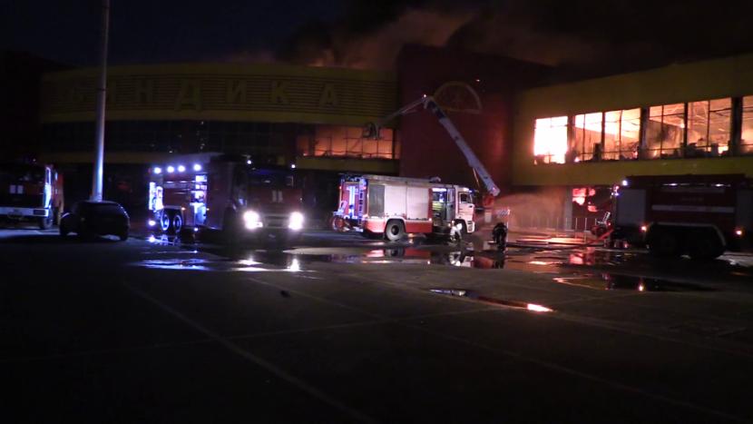 В итоге пожара вТЦ столицы пострадали два человека